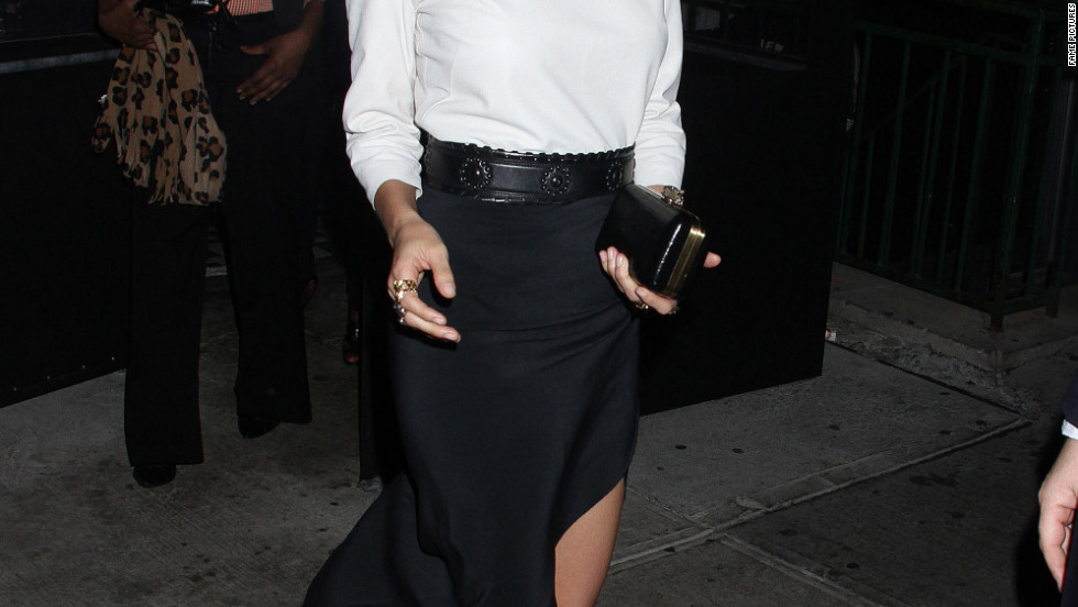 Nicole Richie dines in New York City.