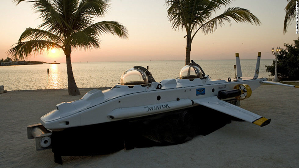 Hi-tech submersibles such as the Super Aviator could be the future of deep sea tourism, says Capt. MacClaren.