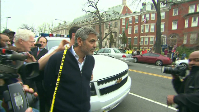 George Clooney  Arrested _00011317