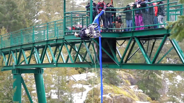 bungee.jump.wheelchair_00000529
