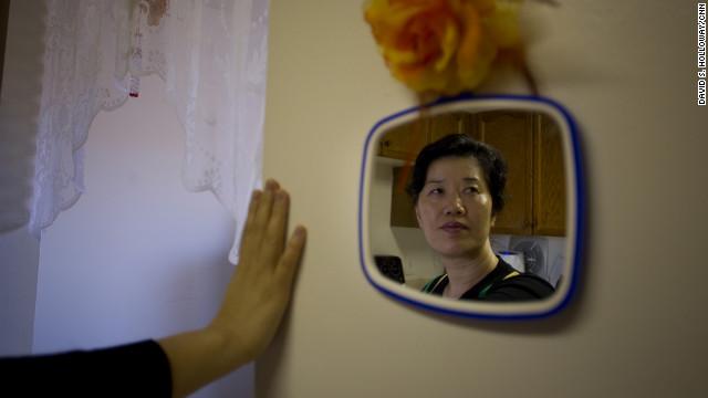 Han grew up in Hamgyong-bukto, singing songs glorifying the North Korean government.