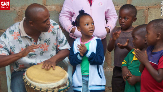 Thulani Shabalala works with children at Umuzi Kababa Performing Arts Center in Umgababa, South Africa.