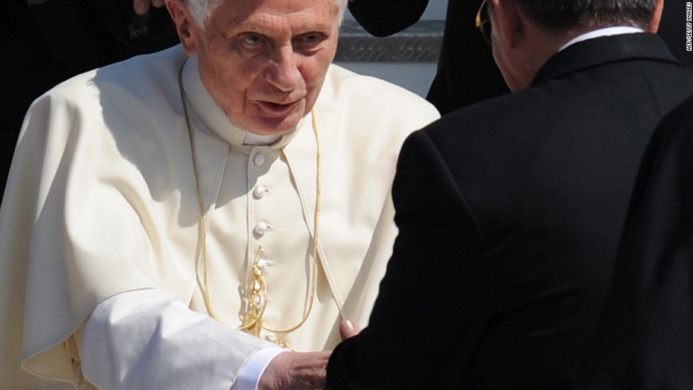 After a three-day visit to Mexico, Benedict XVI arrived in Cuba hoping to boost the Catholic Church's special dialogue with the communist regime. Benedict will conduct Mass in the city of Santiago de Cuba, followed by Mass in Havana, before leaving Wednesday.