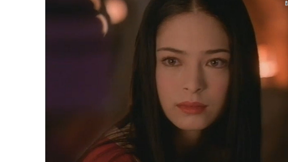 "The 2001 TV movie ""Snow White: The Fairest of Them All"" starred ""Smallville's"" Kristin Kreuk. (The actress is currently slated to star in an upcoming made-for-TV adaptation of ""Beauty and the Beast"")."