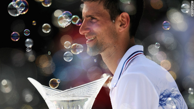 Novak Djokovic retained the Miami Masters 1000 trophy with a straight sets final win over Andy Murray.