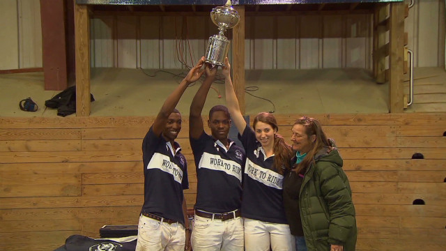 hoye.philly.polo.champs_00020725