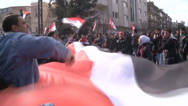 Syrian uprising takes sectarian tone