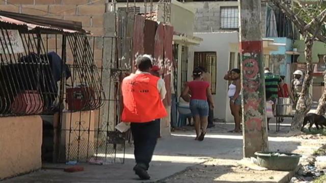 perez dominican rep summit poverty_00000625