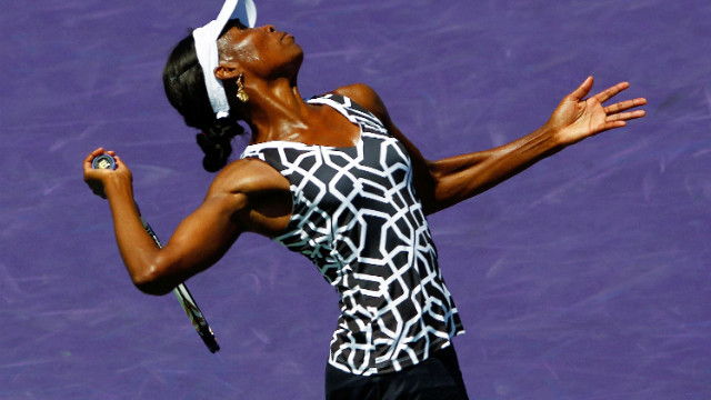 Venus Williams though to third round of Family Cup in Charleston
