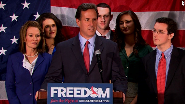 santorum announces he will step down