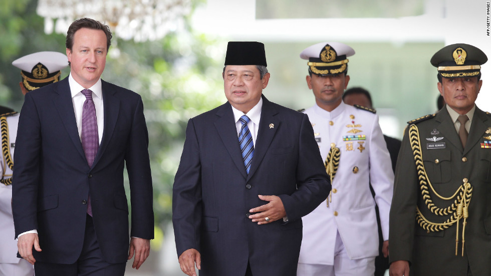 On the same day, UK Prime Minister David Cameron met with Indonesian President Susilo Bambang Yudhoyono at the presidential palace in Jakarta.