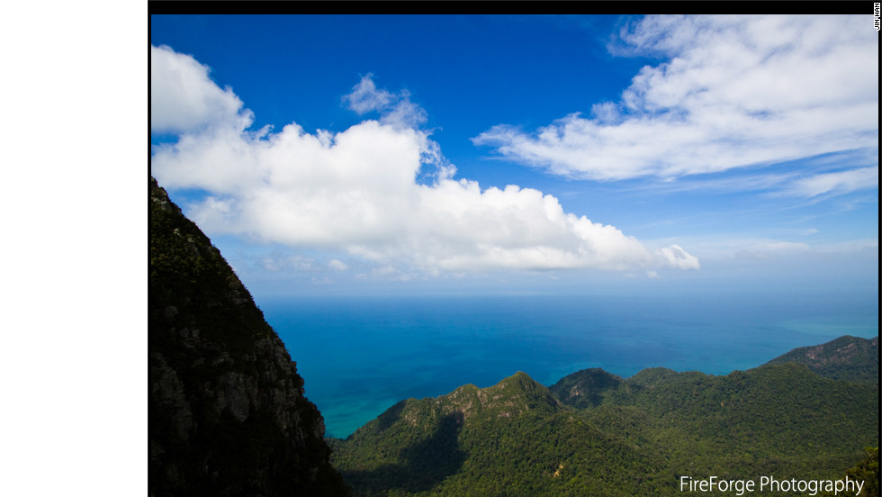 "A view from atop Gunung Mat Chinchang mountain in Langkawi Island in North Western Malaysia, as captured by photographer <a href=""http://www.flickr.com/photos/32824244@N04/"" target=""_blank"">Jin Han</a>."