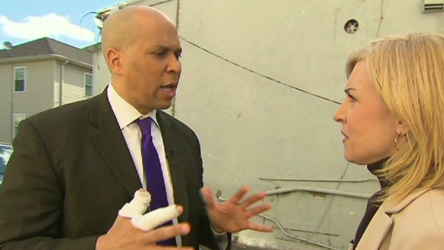 Mayor Cory Booker's 'superhero' moment
