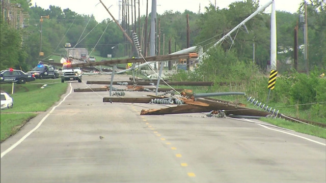 Tornadoes leave widespread damage