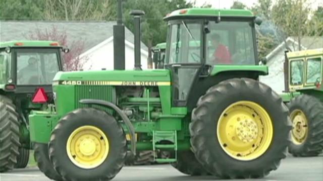 dnt.tractor.to.school_00004330