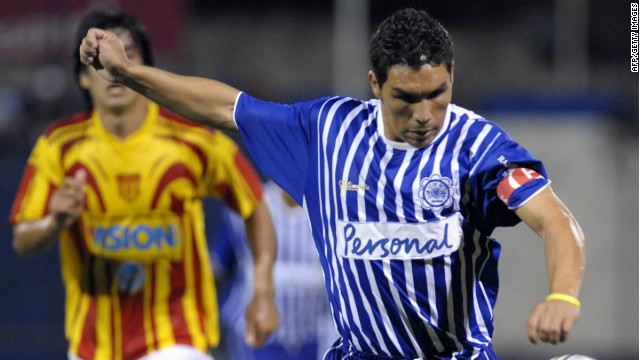 Salvador Cabanas plays his first professional match after being shot in the head two years ago in a bar in Mexico.