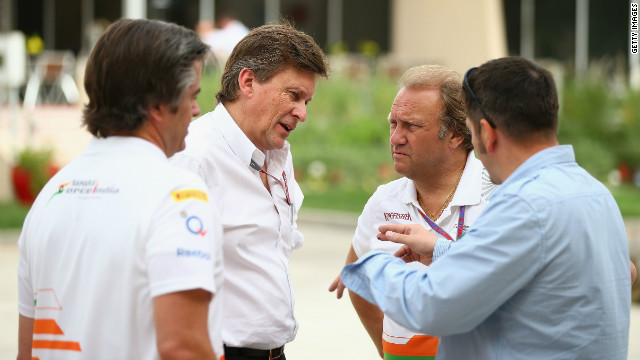 Force India's Bob Fearnley (2nd R) during practice for the Bahrain Formula One Grand Prix on April 20.