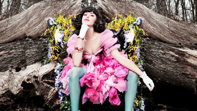 Kimbra gets her soul on
