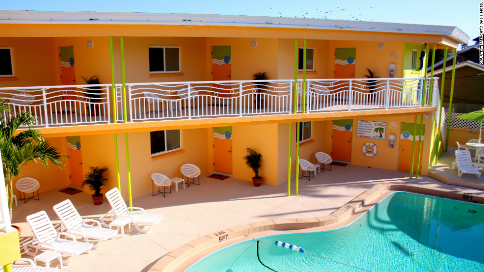 "The pool area at Frenchy's Oasis Motel in Clearwater Beach, Florida. See more photos of the hotels at <a href=""http://www.budgettravel.com/slideshow/photo-florida-gulf-coast-hotels,8383/"" target=""_blank"">BudgetTravel.com</a>."