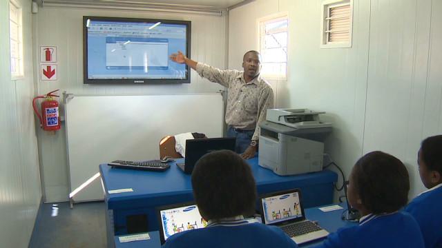 solar.power.school.africa_00003116