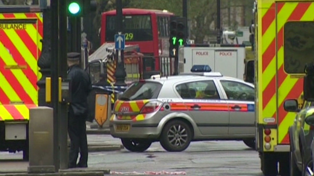 Security alert disrupts London