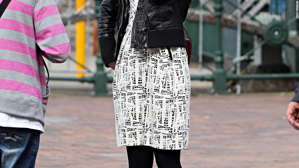 Emily Blunt roams around Sydney, Australia.