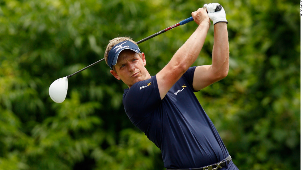 Luke Donald ended Rory McIlroy's two-week stay at the top of the world golf rankings with a third-place finish at the Zurich Classic -- his best result of the year.