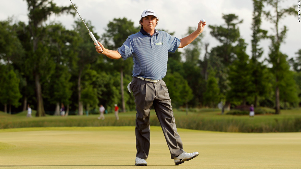 After Els missed a 6-foot birdie putt to win on the first playoff hole, Dufner two-putted for birdie on the next to finally claim his first title -- the weekend before he gets married.