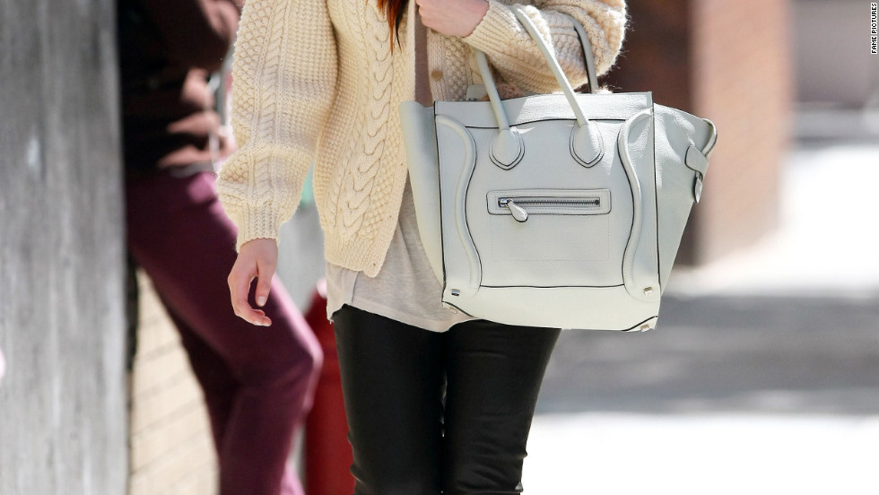 Dakota Fanning goes to class in New York City.