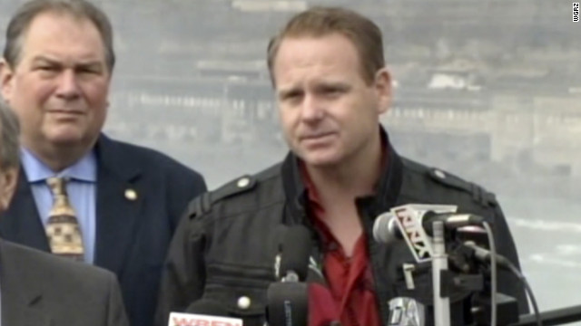 Daredevil Nik Wallenda expects to make his high-wire walk over Niagara Falls on June 15.