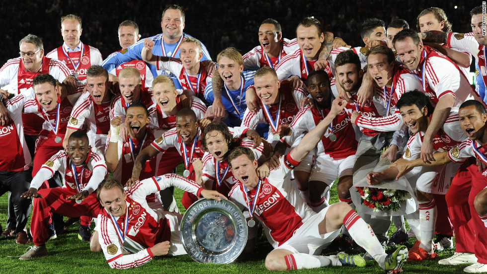 As Real triumphed in Spain, Ajax Amersterdam won the Dutch league for the second year in a row as coach Frank de Boer's team beat VVV Venlo 2-0.