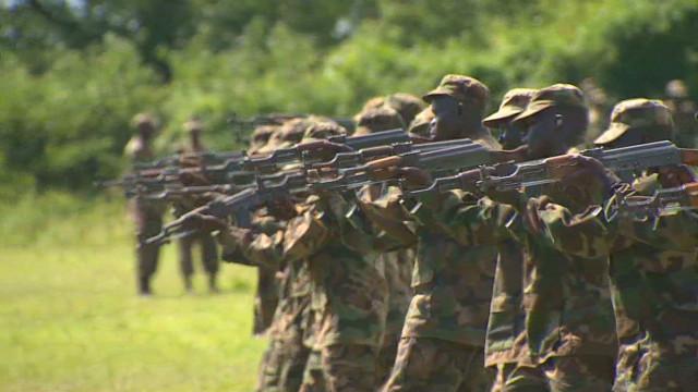 elbagir.uganda.fighting.smarter_00003226