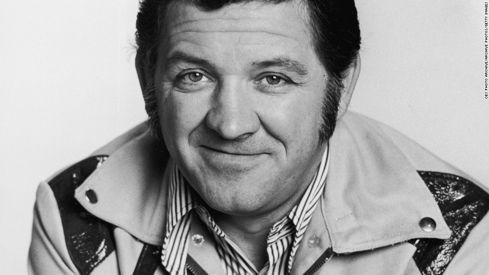 "<a href=""http://www.cnn.com/2012/05/06/showbiz/george-lindsey-obit/index.html"">George Lindsey</a>, the actor who portrayed the country-bumpkin mechanic Goober Pyle on ""The Andy Griffith Show,"" died May 6 after a brief illness, his family said. He was 83."