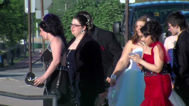2012: Rock hall hosts Chardon prom