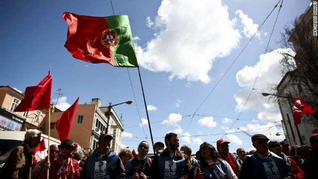 The Portuguese government has decided to cancel four public holidays in an attempt to boost the economy.