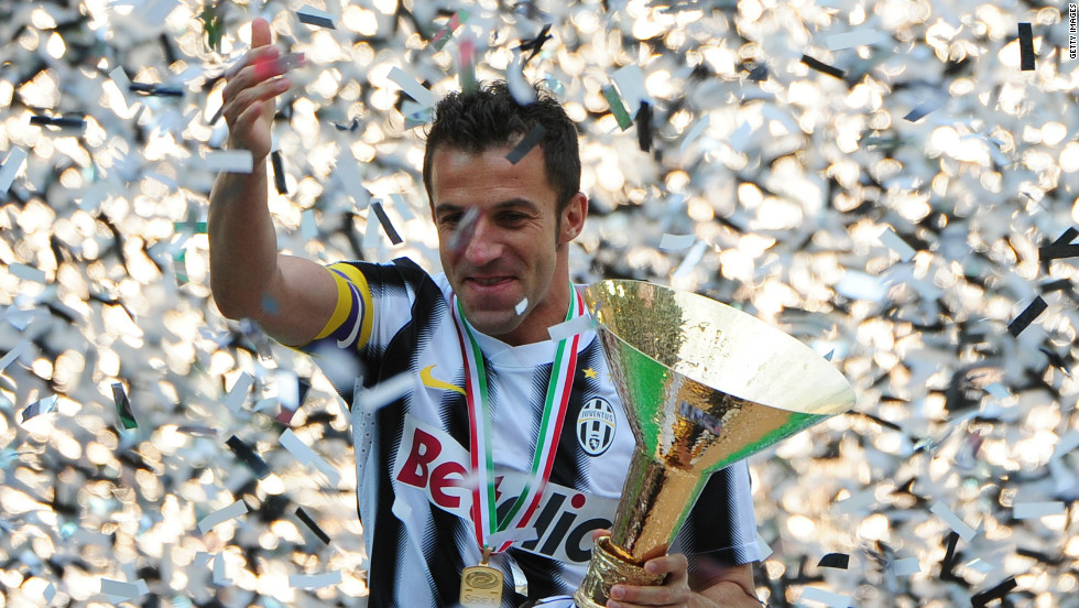 Veteran striker Alessandro del Piero celebrated his final game for Juventus in style, scoring as the Italian champions beat Atalanta 3-1. Juventus were undefeated throughout the 38-game league season.