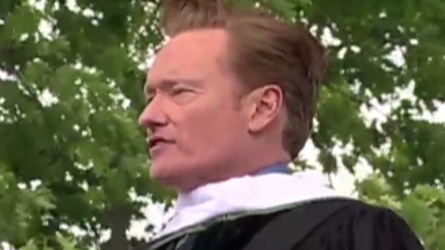 conan obrien dartmouth graduation_00001129