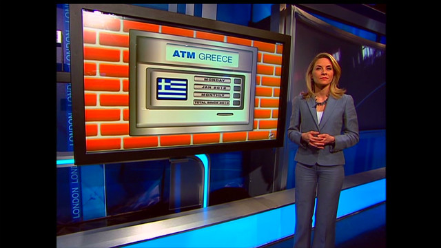 Greeks withdraw cash from banks