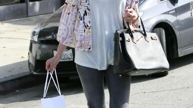 Ashlee Simpson goes shopping in Los Angeles.