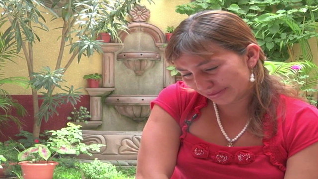 pkg romo guatemalan birth mother seeks return of daugher_00031006