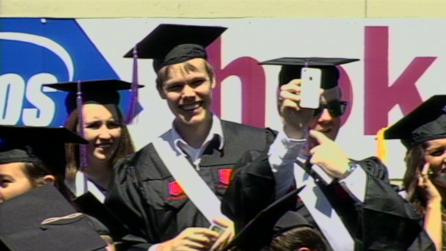 Inspiring grads, gaining new voters