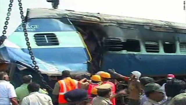 vo india train crash_00000125