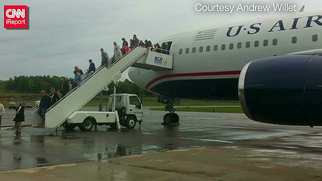 tsr oleary us airways 787 flight incident_00012518