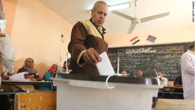 An Egyptian man casts his ballot on the second day of Egypt's historic presidential election, at a polling station in Cairo on May 24, 2012. AFP PHOTO/KHALED DESOUKI (Photo credit should read KHALED DESOUKI/AFP/GettyImages)