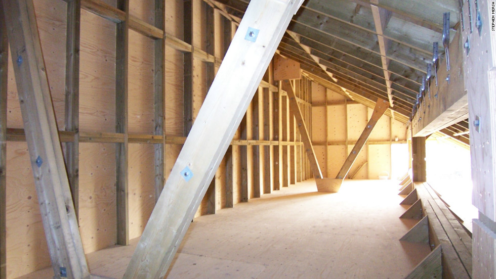 The interior of the attic was constructed in accordance with English legislation which protects bats' roosts.