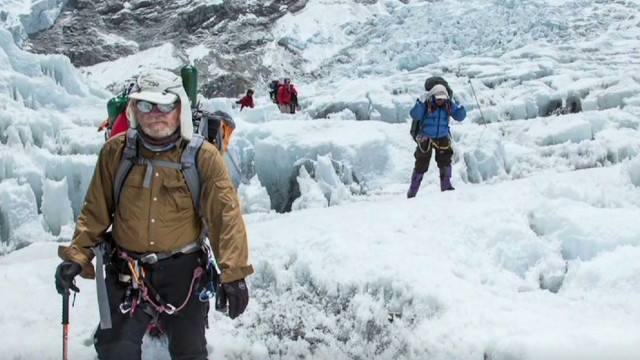 2012: Climber 'traffic jam' on Everest?
