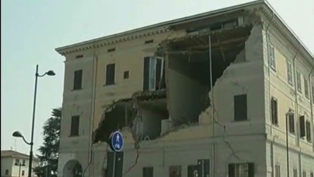 exp early italy earthquake nadeau_00001504