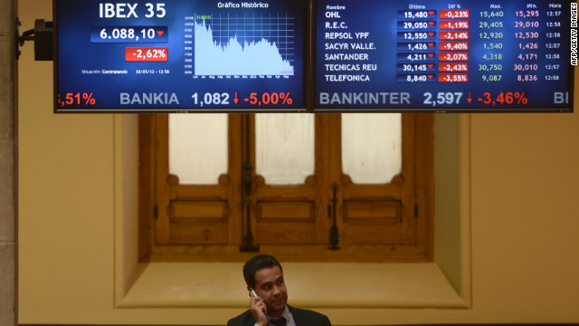 A screen displays the IBEX 35 curve at Madrid's stock exchange on May 30, 2012. Spain's debt risk premium smashed euro-era records after the central bank chief quit early and Madrid scrambled to finance a major banking rescue. AFP PHOTO/ PIERRE-PHILIPPE MARCOU (Photo credit should read PIERRE-PHILIPPE MARCOU/AFP/GettyImages)