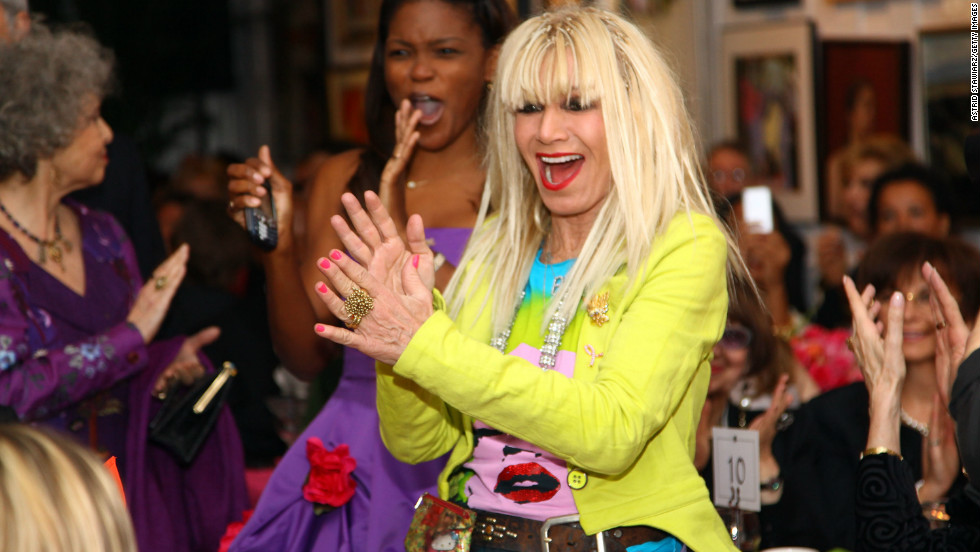 Betsey Johnson was awarded the Medal Of Honor for Lifetime Achievement in Fashion Presentation at The National Arts Club in 2009.