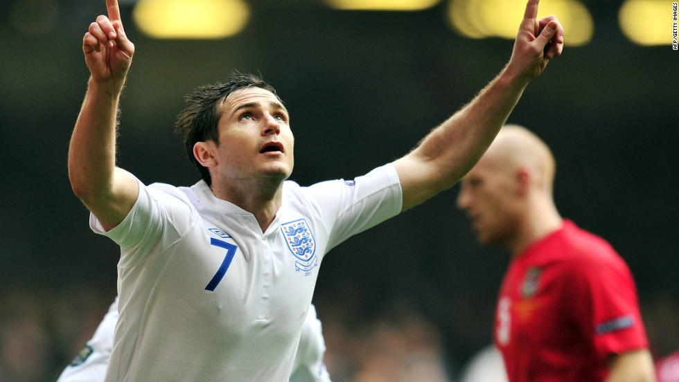 England's Chelsea midfielder Frank Lampard was ruled out of Euro 2012 after picking up a thigh injury in training.